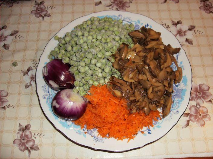Mancare de mazare cu ciuperci 003