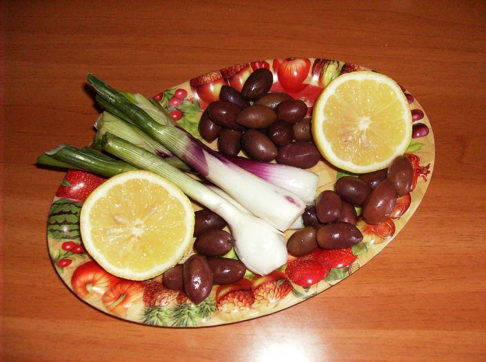 Salata e ton cu rosii 006