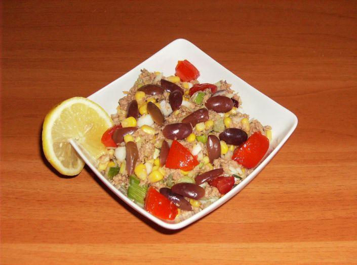 Salata e ton cu rosii 016