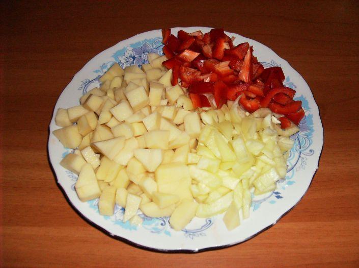 Ghiveci cu carnati in oala Zepter 009
